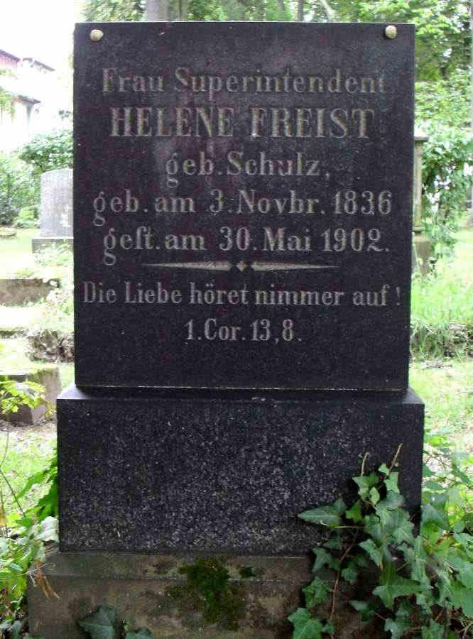 Helene Freist
