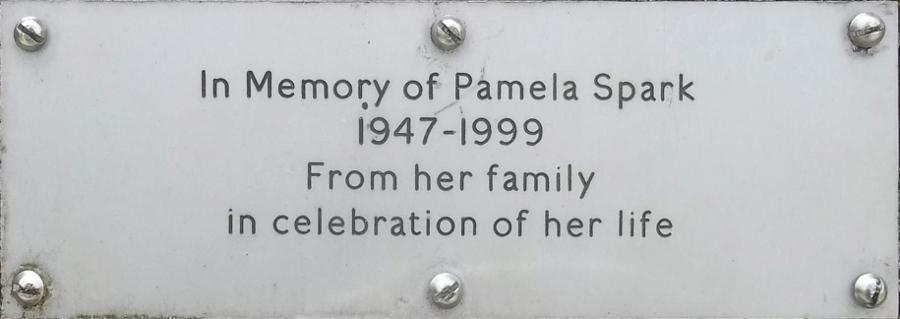 Pamela Spark