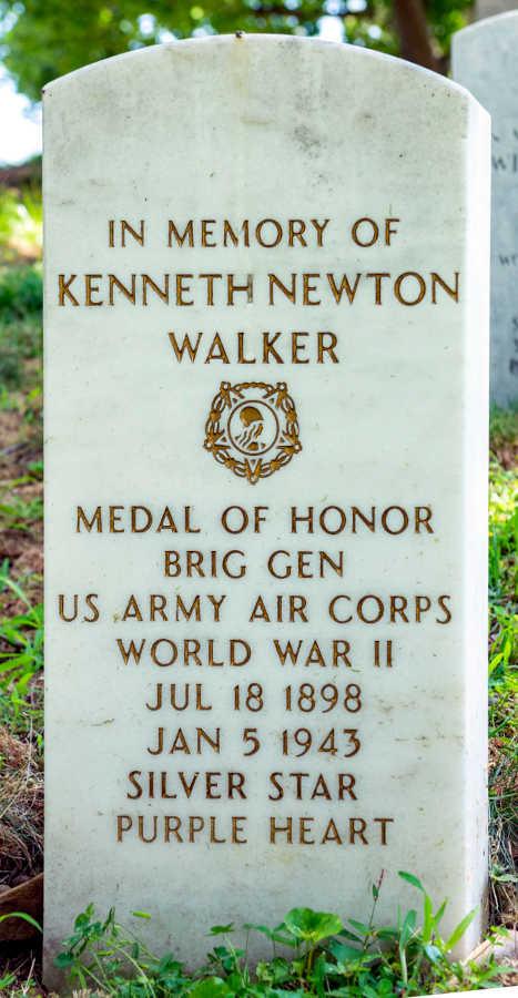 Grave Kenneth Newton Walker