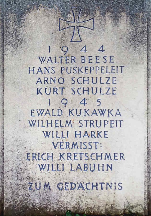Names WW II and WW II