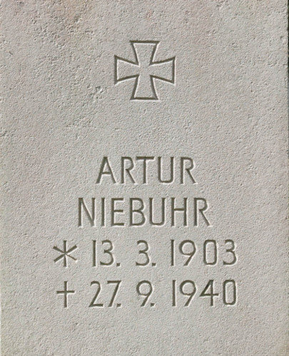 Oberleutnant Artur Niebuhr